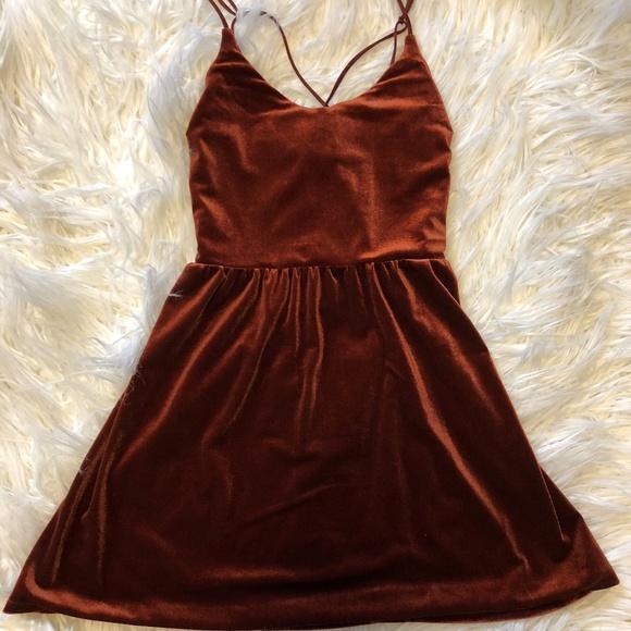 4b3b12e393 NWT Wine Red Velvet Flowy Dress